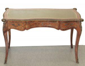 Louis XV Möbel Auktion München Schreibtisch