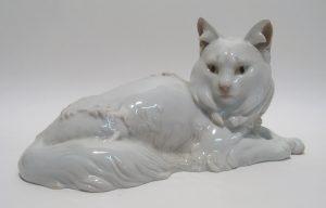 Katze Geschichte Hauskatze Porzellanfigur Rosenthal Theodor Kärner Auktion München Scheublein